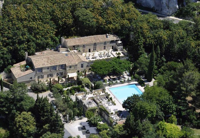 Mariage beaumanière Baux de Provence